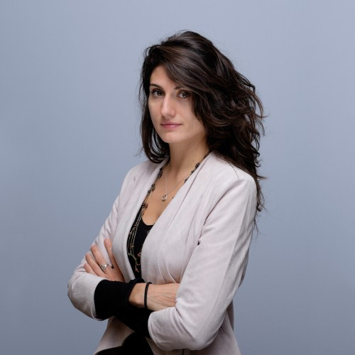 photo photograhpe studio paris 15 portrait headshot CV nour akbaraly